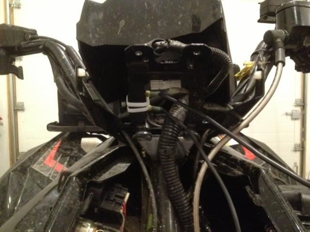 Polaris Scrambler 850 >> Overheating solved with fan circuit breaker relocation ...