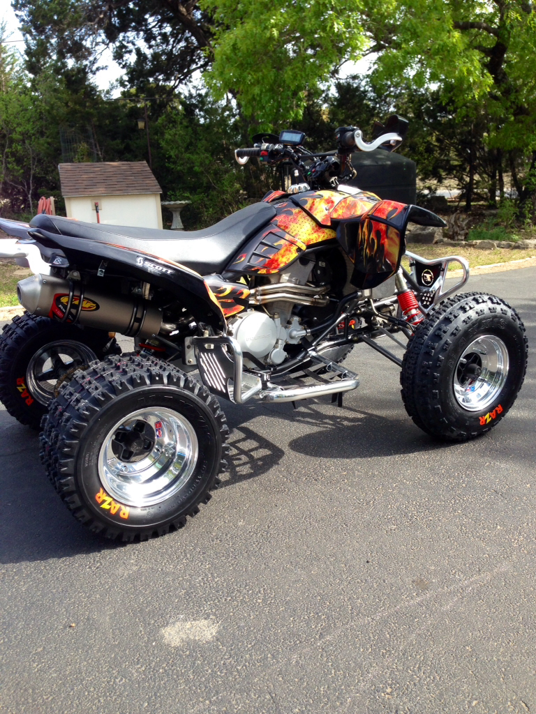 outlaw with graphics-imageuploadedbyoff-road-forums1397437436.111822.jpg