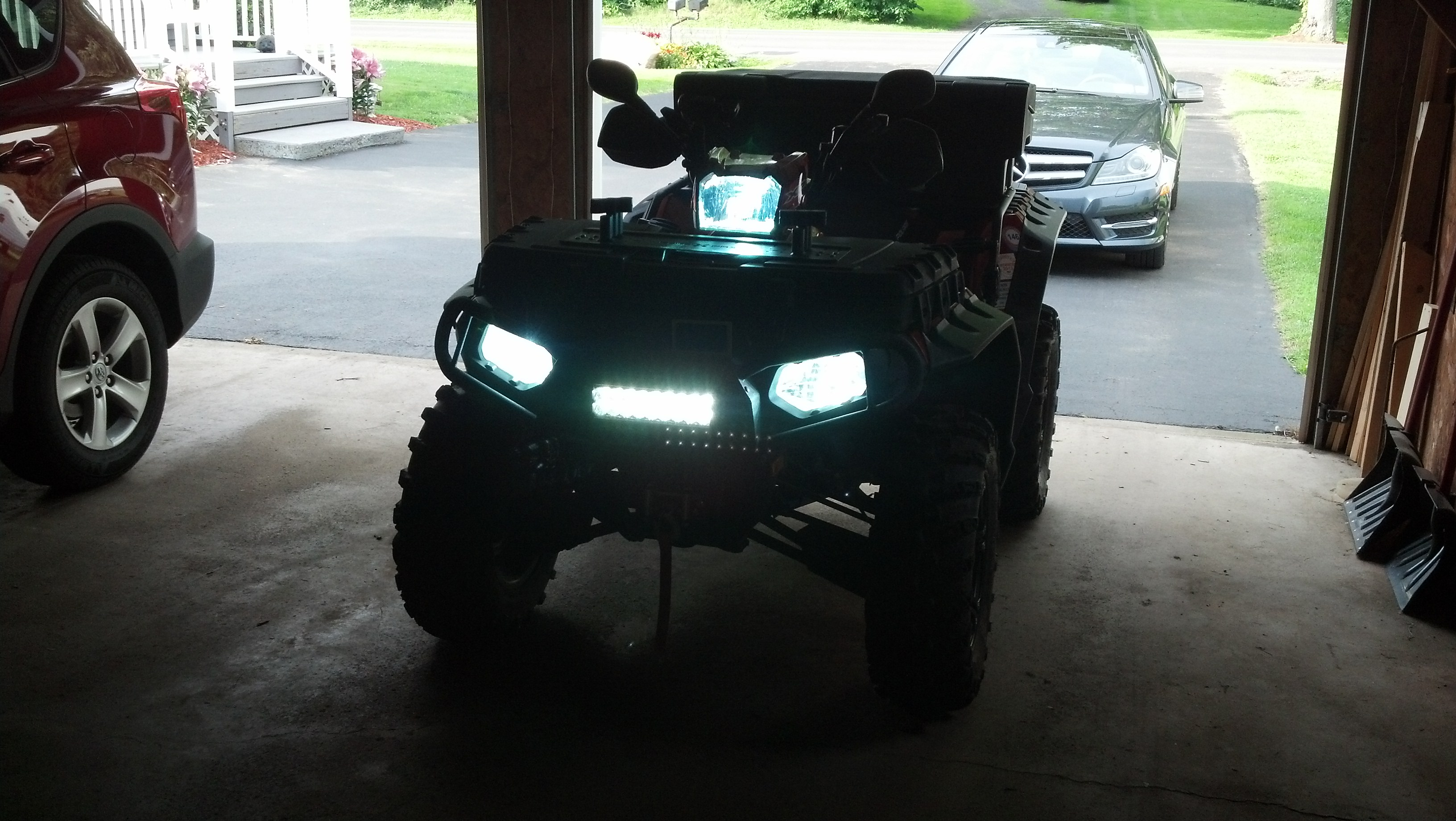 Polaris atv forum view single post 8 ddm led light bar installed mozeypictures Image collections