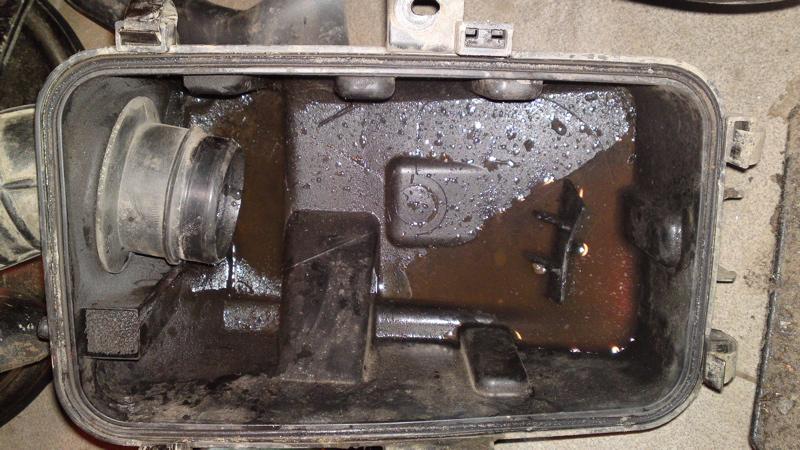 Water In 570 Clutch Cover Fix Polaris Atv Forum
