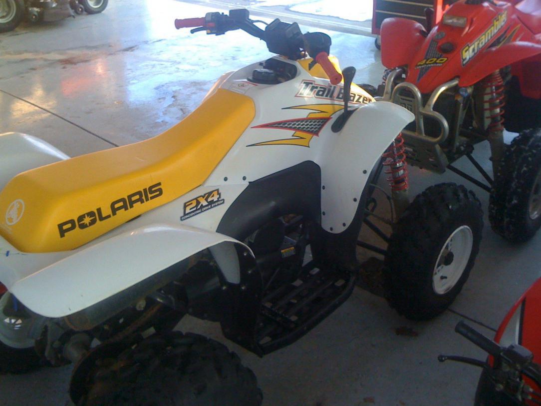 2001 Trailblazer 250. Good condition, rear Polaris rack and Polaris