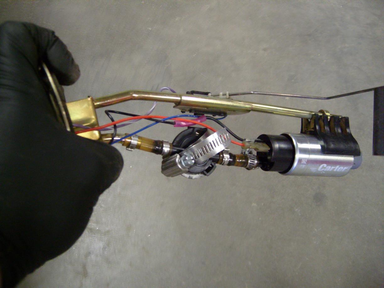 Troubleshooting 2006 Sportsman 700 Fuel Pump, Fuel Gauge, and Fuel Pressure Regulator-s7301163.jpg