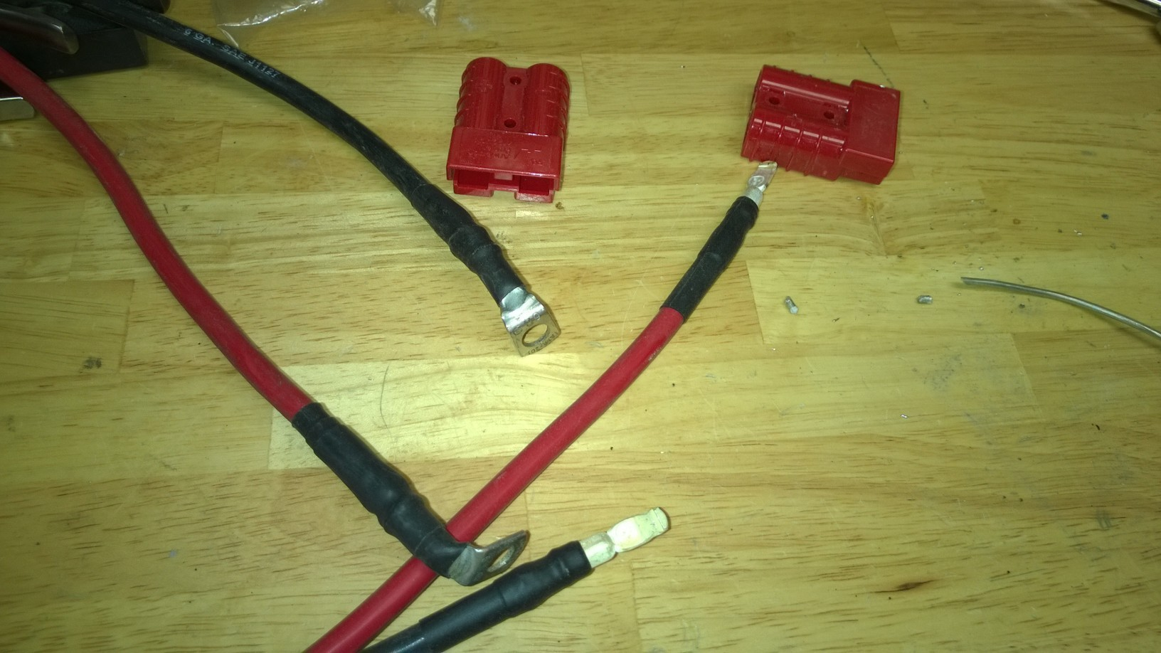 Handy battery terminal access-wires-ready-snap-into-anderson-plug.jpg